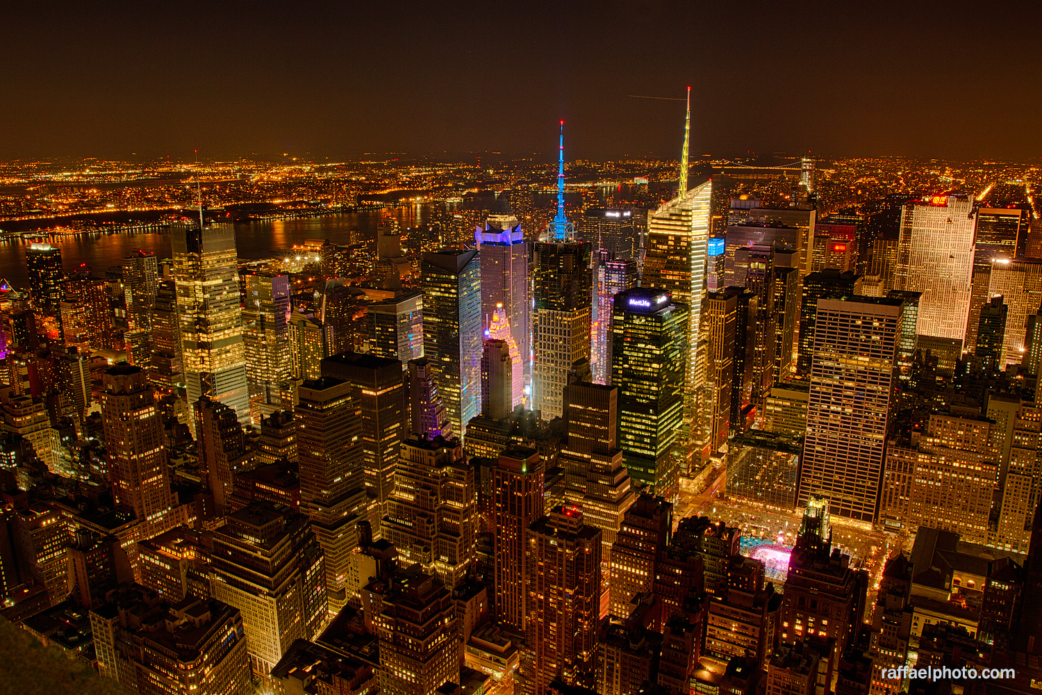 new-york-city-at-night-skyline